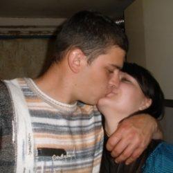 Пара МЖ из Орла ищет девушку или хорошенькую женщину для плотских утех